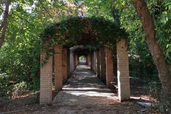 Αθήνα: Τα πιο ωραία πάρκα της πόλης για να κάνεις Πρωτομαγιά