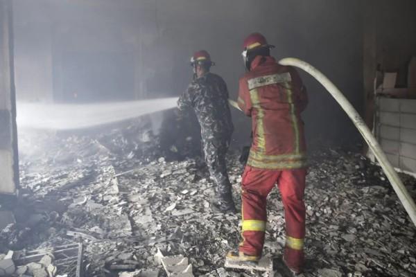 Φονική πυρκαγιά σε «παράνομο» τουριστικό ξενώνα
