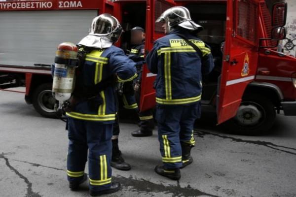 Τραγωδία στον Βύρωνα: Νεκρή γυναίκα μετά από φωτιά στο σπίτι της