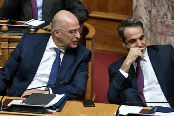 Συνάντηση Μητσοτάκη-Δένδια μετά την Άγκυρα: Εύσημα από τον πρωθυπουργό για την επίσκεψη στην Τουρκία