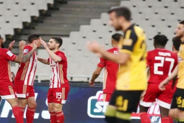 Super League: Ξεφτίλισε την ΑΕΚ μέσα στο ΟΑΚΑ ο Ολυμπιακός!