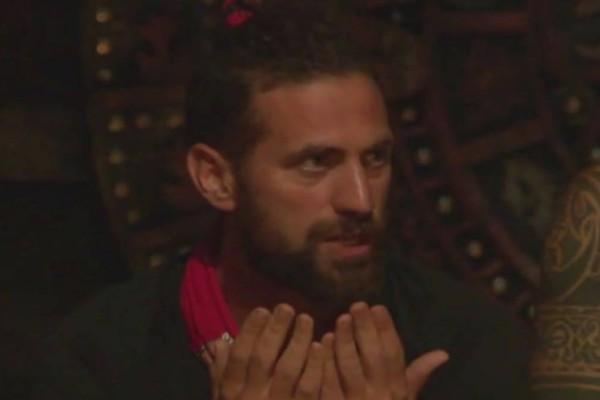 Survivor spoiler: Νέος Ντάφυ ο Κώστας - Την επόμενη βδομάδα θα πλακωθεί μ' όλη την κόκκινη ομάδα!