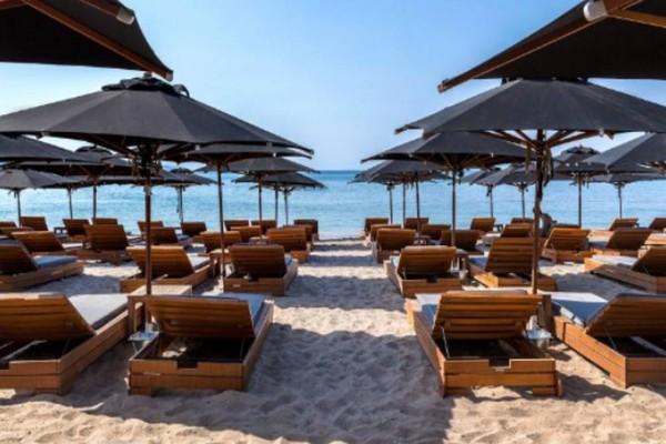 Άρση Μέτρων: Ανοίγουν στις 15 Μαΐου οι οργανωμένες παραλίες!