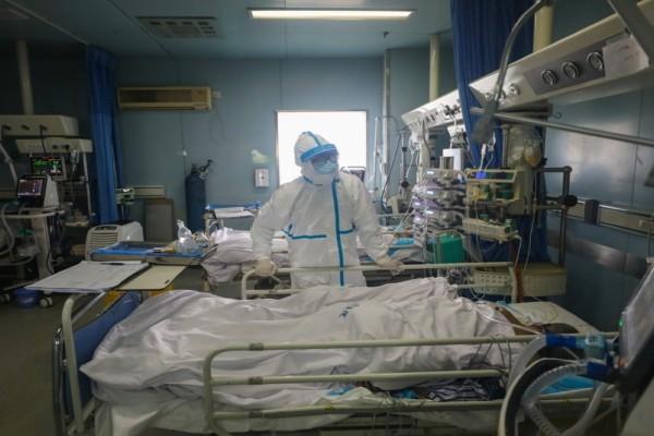 Θρίλερ στην Πάτρα: 60χρονος νοσηλεύεται με πνευμονική εμβολή - Είχε κάνει το εμβόλιο της AstraZeneca! (Video)