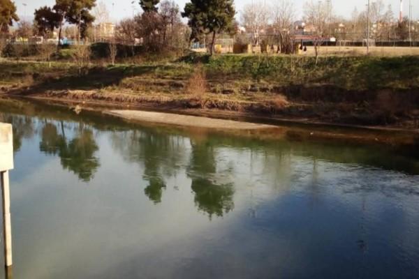 Τραγωδία στη Λάρισα: Βρέθηκε πτώμα στις όχθες του Πηνειού