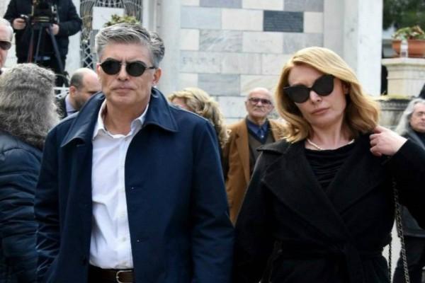 Κρυφό διαζύγιο για Τατιάνα Στεφανίδου και Νίκο Ευαγγελάτο: Τρέχουν να «εξαφανίσουν» το ερωτικό σκάνδαλο