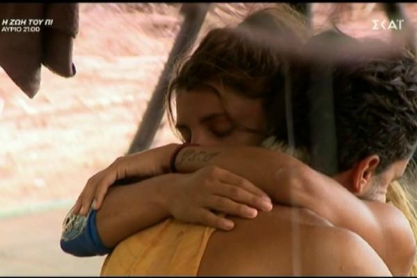 Survivor 4: Νέο τρυφερό τετ-α-τετ Μαριαλένας-Σάκη - Αναπολούν το Πάσχα που γιόρτασαν μαζί ως ζευγάρι (Video)