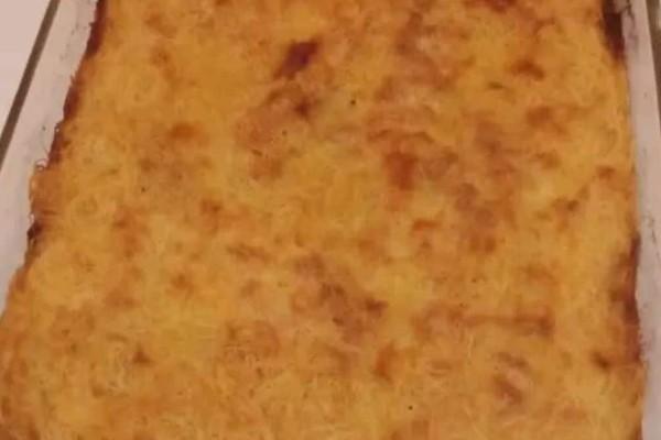 Λαχταριστή τυρόπιτα σουφλέ με φύλλο κανταΐφι