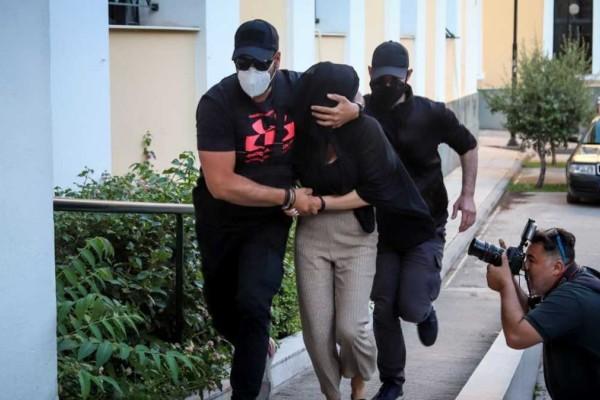 Επίθεση με βιτριόλι: Δίκη για απόπειρα ανθρωποκτονίας προτείνει ο εισαγγελέας