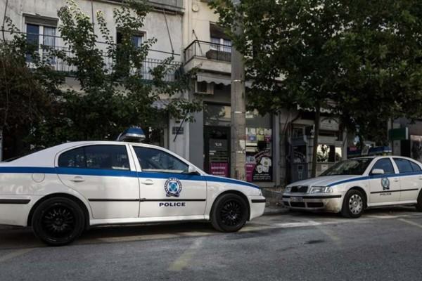 Επίθεση στον Βύρωνα: Γυναίκα πέταξε πετρέλαιο σε δυο ανήλικες!