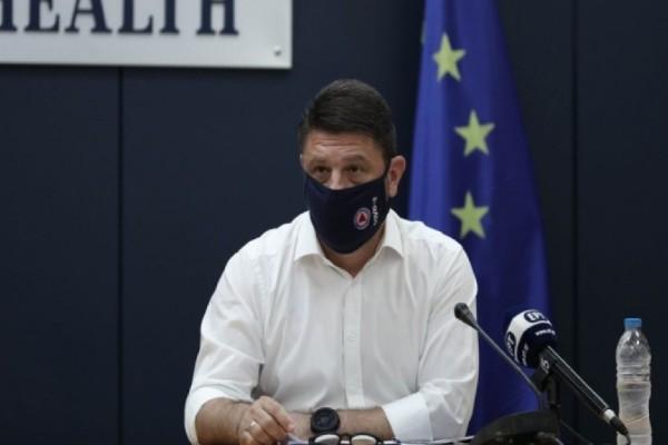 Κορωνοϊός: Δείτε live τις τελευταίες ενημερώσεις για την Ελλάδα - Οι ανακοινώσεις Χαρδαλιά για μετακινήσεις και SMS στο 13033