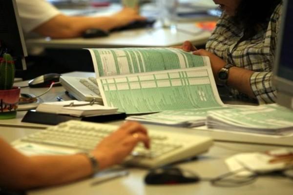Φορολογικές δηλώσεις 2021: Ποιοι δικαιούνται επιστροφή φόρου και ποιοι θα πρέπει να υποβάλουν φέτος δική τους