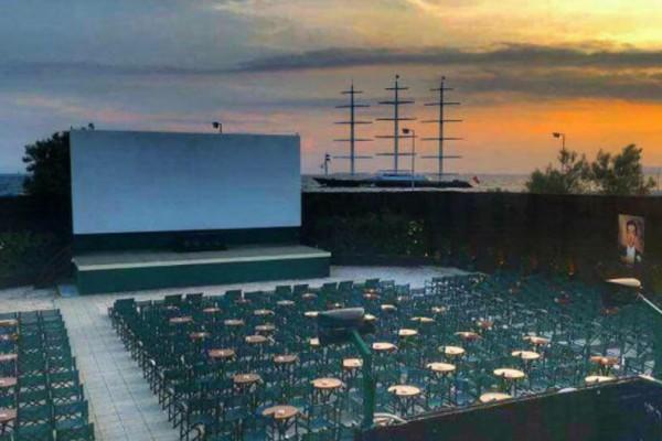 Τα καλύτερα θερινά σινεμά του κέντρου και στα νότια