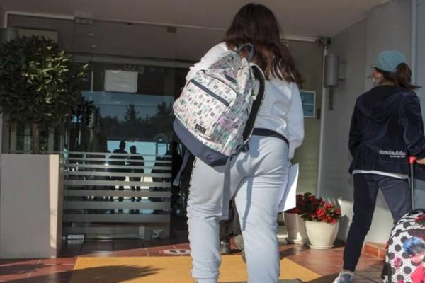 «Δεν φταίω εγώ, αυτές με προσέγγισαν» - Σοκάρει ο αμετανόητος δάσκαλος για τη σεξουαλική παρενόχληση