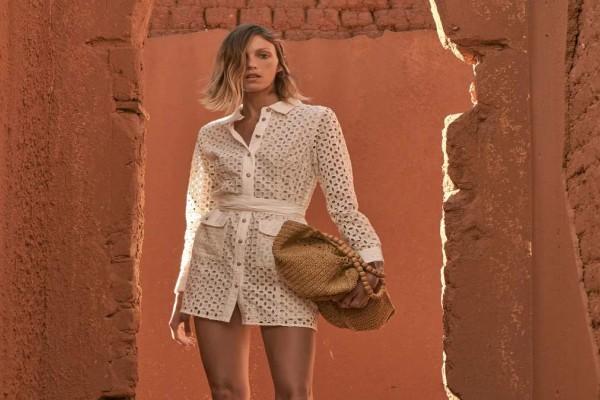 ZARA: Αυτό το φόρεμα αξίζει να το κάνεις δικό σου