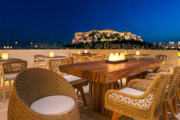 10+1: Οι καλύτερες ταράτσες της Αθήνας για όλα τα γούστα!