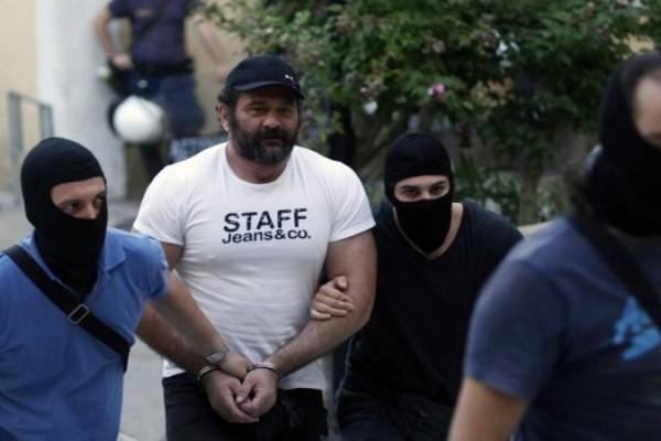 Γιάννης Λαγός: Έφτασε φρουρούμενος στην Ελλάδα για να εκτίσει τη ποινή του