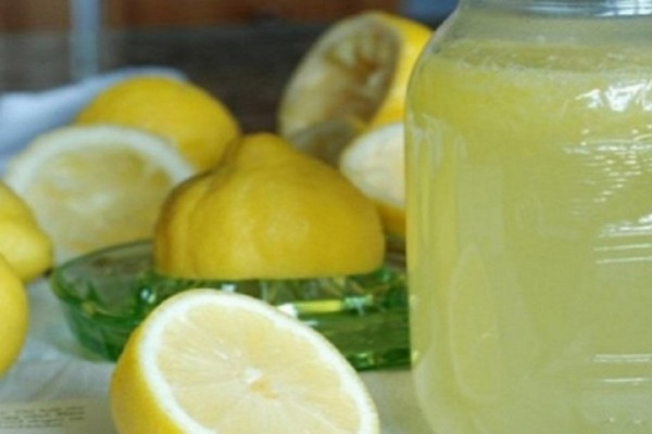 Δίαιτα: Χάστε έως 1 κιλό την ημέρα με τη βοήθεια του λεμονιού (Video)