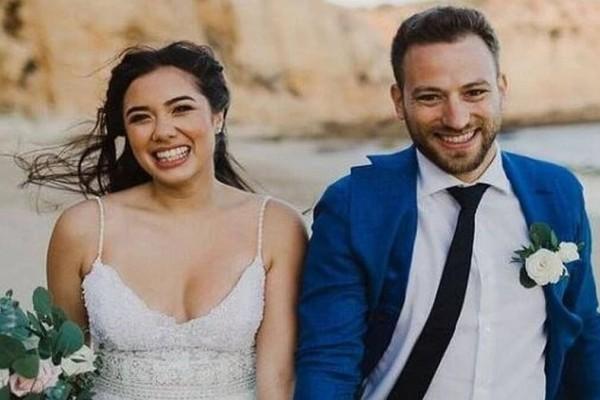 Έγκλημα στα Γλυκά Νερά: Συγκλονίζει ο σύζυγος της 20χρονης: «Για πάντα μαζί, καλό ταξίδι αγάπη μου»