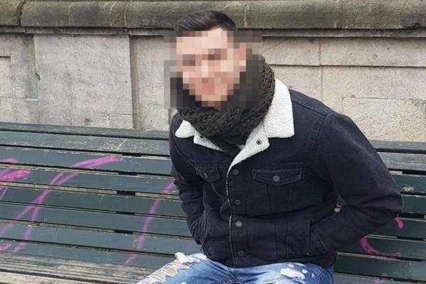 Νέα Σμύρνη: Αυτός είναι ο 22χρονος που κυνηγούσε την κοπέλα με το μόριό του έξω (photo)