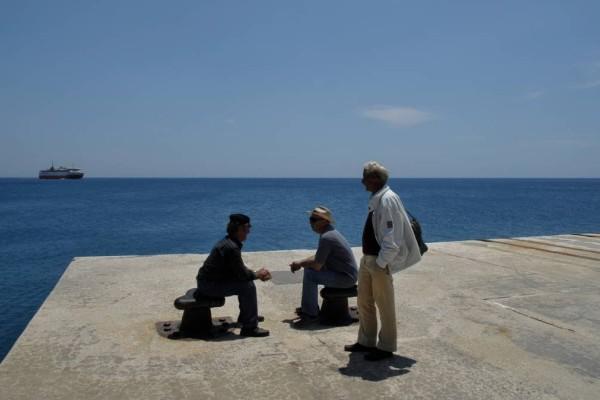 Συναγερμός στα νησιά: Ο τουρισμός άνοιξε αλλά κινδυνεύουν με έκτακτα μέτρα