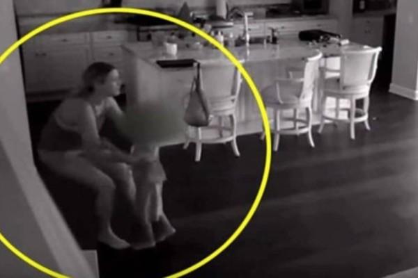 Νταντά άκουσε θόρυβο στην κουζίνα - Κάμερα στο σπίτι αποκάλυψε την εφιαλτική αλήθεια