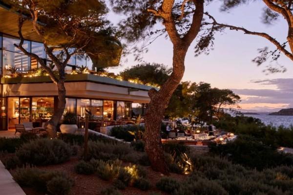 Το Pelagos restaurant στο Four Seasons σας περιμένει να δοκιμάσετε το συναρπαστικό menu του
