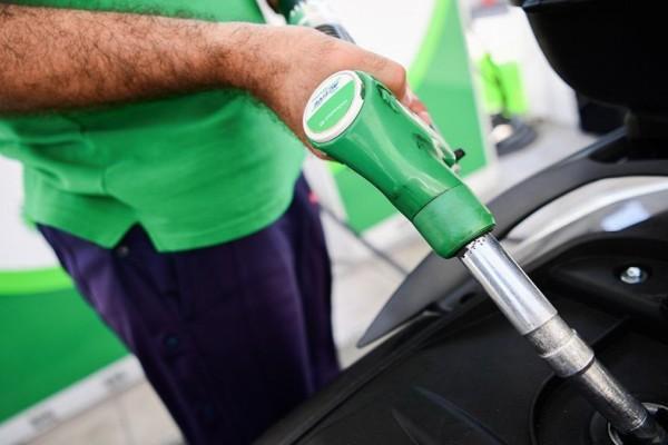 Αυξήσεις στα super market και στην βενζίνη - Οι καταναλωτές στα κάγκελα