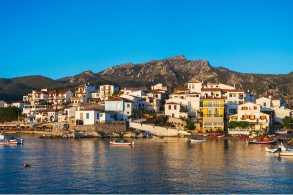 ΦΠΑ: «Κλειδώνει» ο μόνιμος μειωμένος φόρος σε 5 νησιά του Αιγαίου