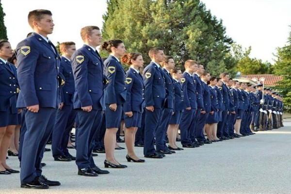 Πανελλήνιες 2021: Ξεκινά σήμερα η υποβολή αιτήσεων των υποψήφιων για τις Στρατιωτικές Σχολές