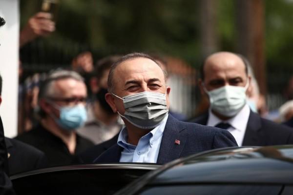 Η Αθήνα απάντησε στον Τσαβούσογλου: «Η Τουρκία να σεβαστεί τη Συνθήκη της Λωζάνης»