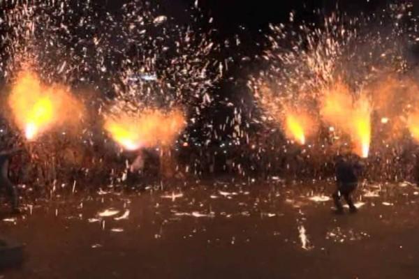 Αγρίνιο: Αναβίωσαν τα χαλκούνια με διαφορετικό τρόπο