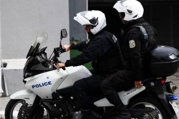 Θρίλερ στα Εξάρχεια: Απήγαγαν και βασάνισαν 25χρονο ζητώντας λύτρα 10.000 ευρώ!