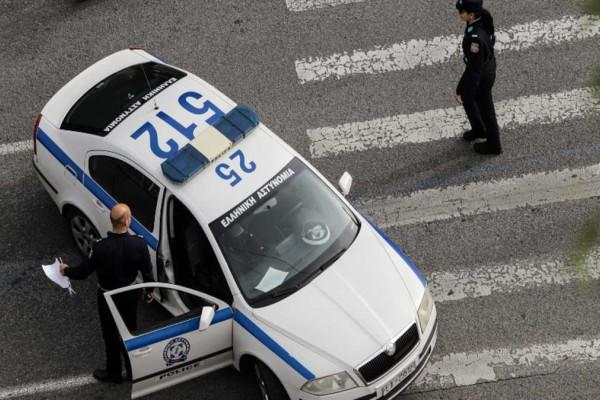 Συνελήφθη αστυνομικός που λήστευε υπαλλήλους σε βενζινάδικα με το υπηρεσιακό του όπλο