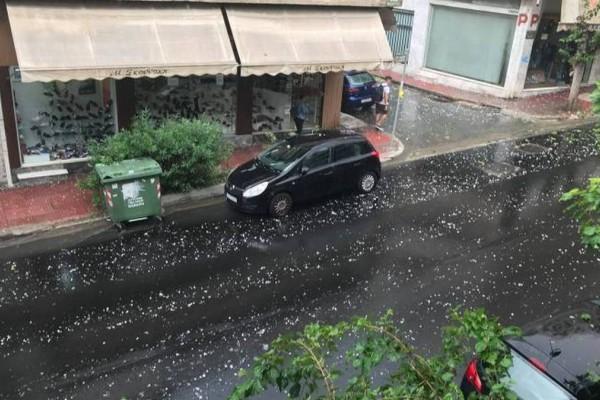 Ισχυρή κακοκαιρία στην Αθήνα: Αναμένεται ακόμα και χαλάζι