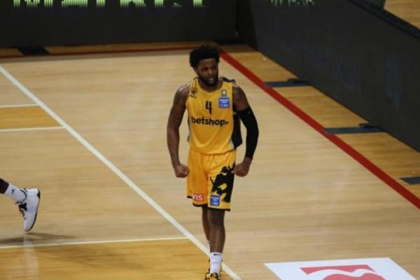 Basket League: Νίκη αλά NBA για ΑΕΚ με ρεσιτάλ Μέικον - Στάματησε στους 42 πόντους - 45άρα ο Κλαβέλ! (Video)