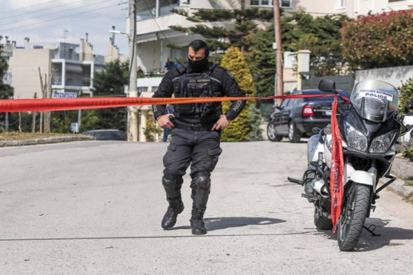 Έγκλημα στην Αγία Βαρβάρα: Πυροβολισμό στο κεφάλι δέχτηκε η 64χρονη!