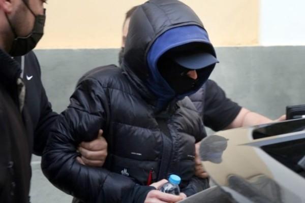 Κινδύνευσε να χάσει τη ζωή του συγκατηγορούμενος του Μένιου Φουρθιώτη! Χαμός στις φυλακές