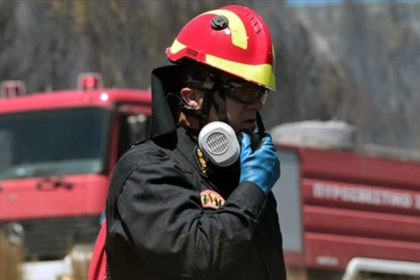 Μεγάλες φωτιές σε Πάρο και Τροιζήνα - Συναγερμός στην Πυροσβεστική