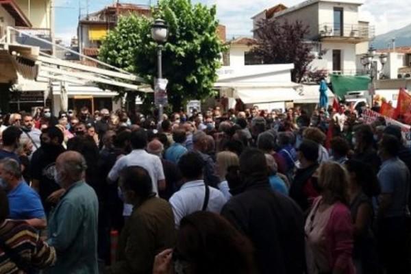 Απεργία: Επεισόδια στη συγκέντρωση των Ιωαννίνων - Προπηλάκισαν πρώην βουλευτή του ΣΥΡΙΖΑ