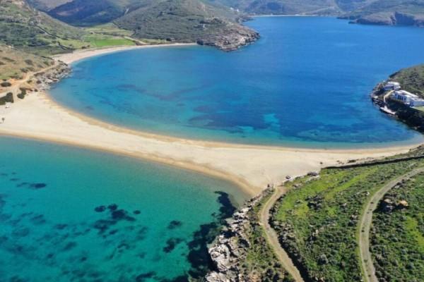 Δείτε ποιες παραλίες αγαπούν και ξεχωρίζουν οι ξένοι στις Κυκλάδες