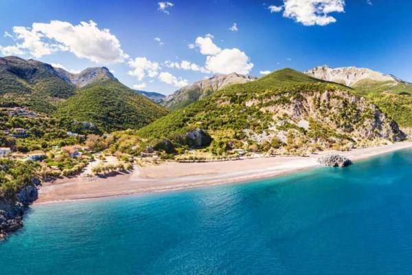 Εύβοια: 3 υπέροχες παραλίες που πρέπει να επισκεφτείτε οπωσδήποτε - Η μια μάλιστα διπλή!