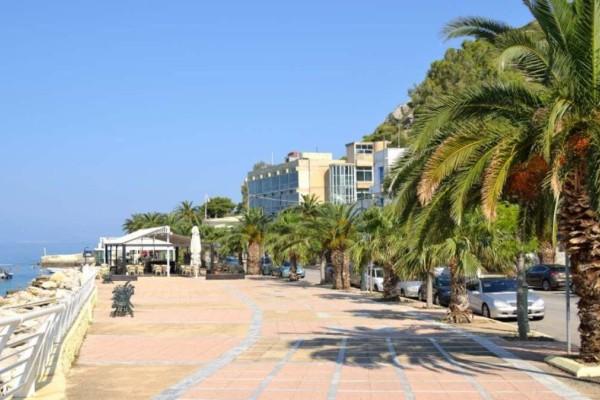 2+1: Παραθαλάσσια μέρη για να κάνετε την απόδραση σας σε απόσταση αναπνοής από την Αθήνα