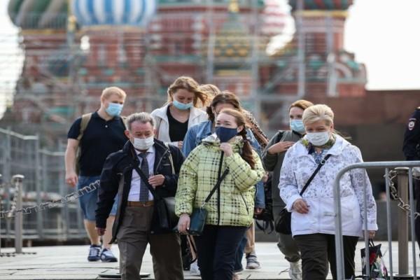 Γέμισε η Μόσχα με πλαστά πιστοποιητικά εμβολιασμού στη μαύρη αγορά - Οι καφετέριες δεν δέχονται ανεμβολίαστους