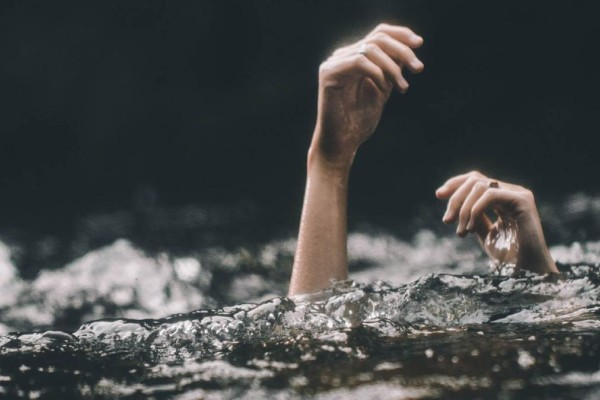 Θεσσαλονίκη: Νεκρή 72χρονη λουόμενη σε παραλία