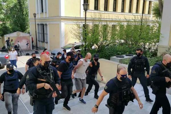 Βιασμός στα Πετράλωνα: Στην Ευελπίδων ο βιαστής της 50χρονης - Ο άνθρωπος που οδήγησε τους αστυνομικούς στο δράστη