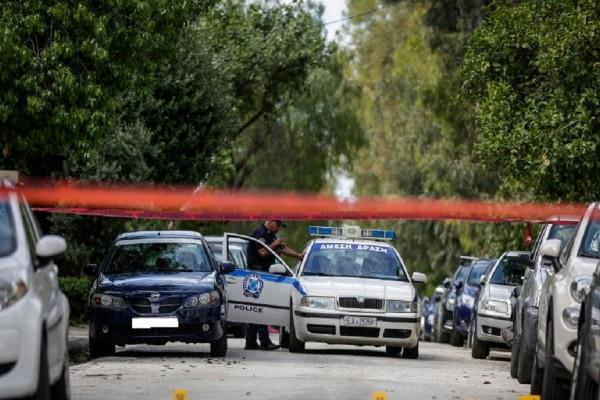 Θρίλερ στον Άλιμο: Πυροβολισμοί σε διαμέρισμα - Αποκλεισμένη η περιοχή