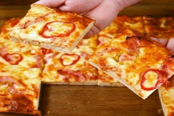 Η πίτσα της τεμπέλας - Έτοιμη στο τσακ μπαμ (Video)