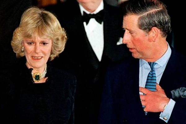 «Βόμβα» στο Buckingham: Αποκαλύφθηκε το κρυφό παιδί του Καρόλου πριν από το γάμο με την Νταϊάνα!