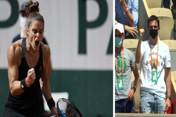 Μαρία Σάκκαρη: «Έσβησε» τη κάτοχο του τίτλου Σβίατεκ και «πέταξε» στους «4» του Roland Garros! Οι πανηγυρισμοί του Κωνσταντίνου Μητσοτάκη (Video)